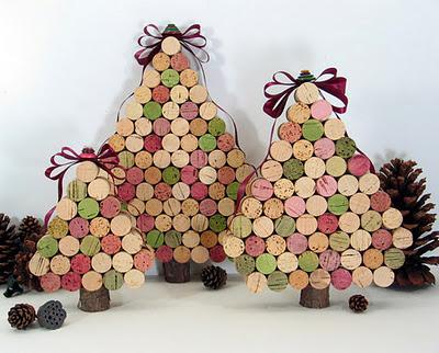 Arbol de navidad con tapones de corcho de vino