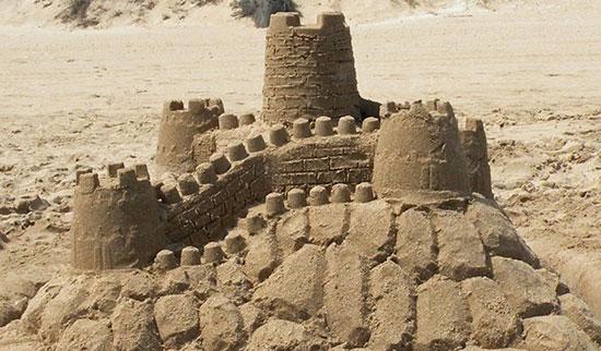 castillos-arena-playas-ninos-muralla