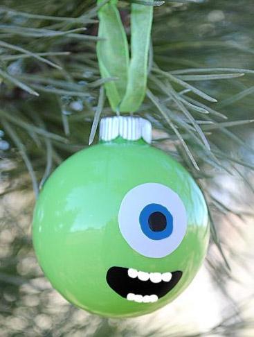 bola-arbol-dibujos-monstruos-navidad-ninos