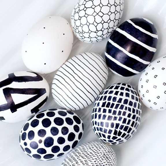 huevos-pascua-pintar-rotulador-ninos